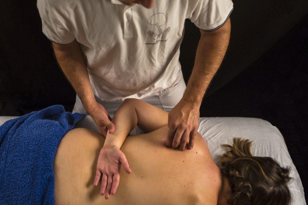 Quiromasaje terapia manual